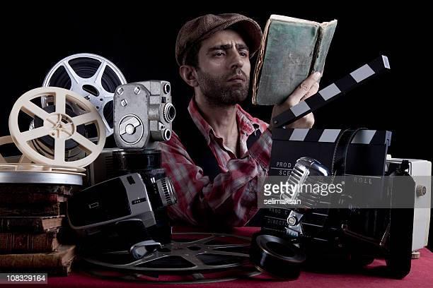 Antigo Director em Fantasia de leitura do Script