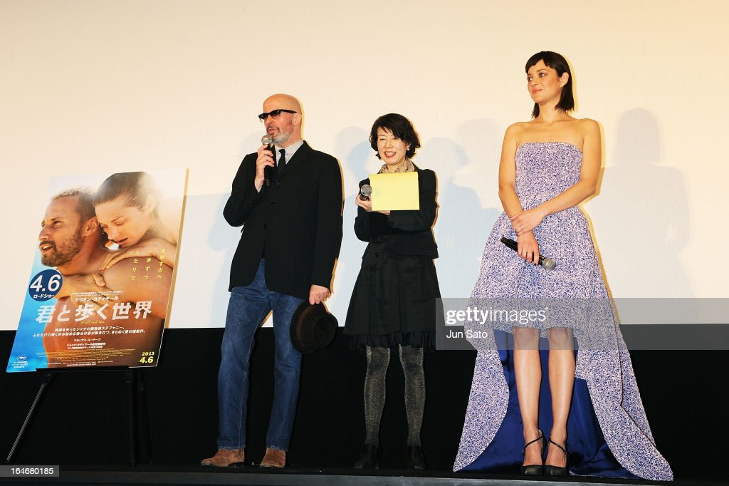 Director Jacques Audiard (L) and actress Marion Cotillard (R) attend the 'Rust And Bone (De rouille et d'os)' Japan Premiere at Marunouchi Piccadilly on March 26, 2013 in Tokyo, Japan.