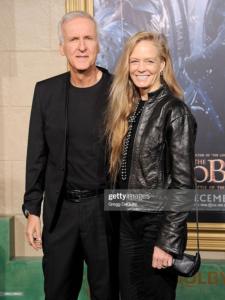 Director <a gi-track='captionPersonalityLinkClicked' href=/galleries/search?phrase=James+Cameron&family=editorial&specificpeople=206399 ng-click='$event.stopPropagation()'>James Cameron</a> and wife <a gi-track='captionPersonalityLinkClicked' href=/galleries/search?phrase=Suzy+Amis&family=editorial&specificpeople=790397 ng-click='$event.stopPropagation()'>Suzy Amis</a> arrive at the Los Angeles premiere of 'The Hobbit: The Battle Of The Five Armies' at Dolby Theatre on December 9, 2014 in Hollywood, California.