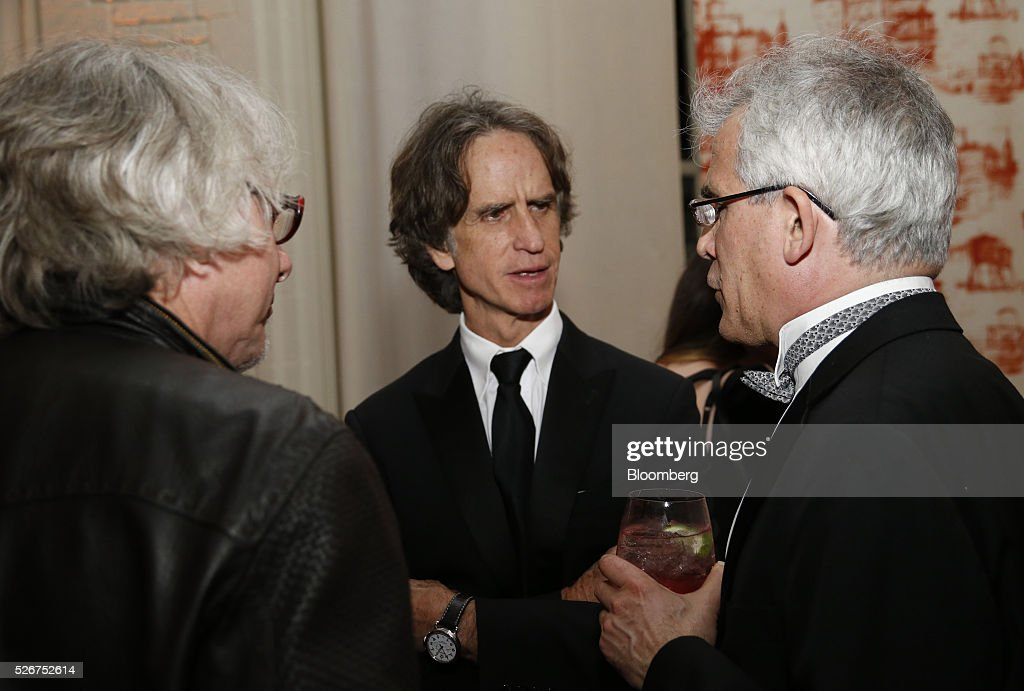 Director Jay Roach, center, attends the Bloomberg Vanity Fair White House Correspondents' Association (WHCA) dinner afterparty in Washington, D.C., U.S., on Saturday, April 30, 2016. The 102nd WHCA raises money for scholarships and honors the recipients of the organization's journalism awards. Photographer: Andrew Harrer/Bloomberg via Getty Images