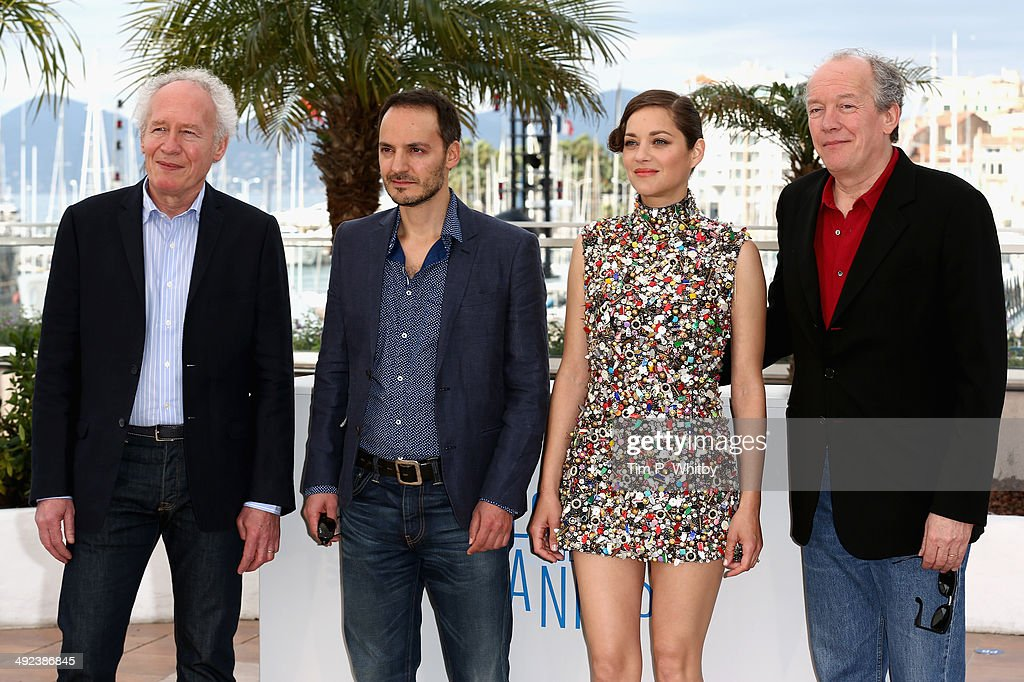 Director <a gi-track='captionPersonalityLinkClicked' href=/galleries/search?phrase=Jean-Pierre+Dardenne&family=editorial&specificpeople=606914 ng-click='$event.stopPropagation()'>Jean-Pierre Dardenne</a>, actors <a gi-track='captionPersonalityLinkClicked' href=/galleries/search?phrase=Fabrizio+Rongione&family=editorial&specificpeople=5349599 ng-click='$event.stopPropagation()'>Fabrizio Rongione</a>, <a gi-track='captionPersonalityLinkClicked' href=/galleries/search?phrase=Marion+Cotillard&family=editorial&specificpeople=215303 ng-click='$event.stopPropagation()'>Marion Cotillard</a> and director <a gi-track='captionPersonalityLinkClicked' href=/galleries/search?phrase=Luc+Dardenne&family=editorial&specificpeople=215507 ng-click='$event.stopPropagation()'>Luc Dardenne</a> attend the 'Two Days, One Night' (Deux Jours, Une Nuit) photocall during the 67th Annual Cannes Film Festival on May 20, 2014 in Cannes, France.