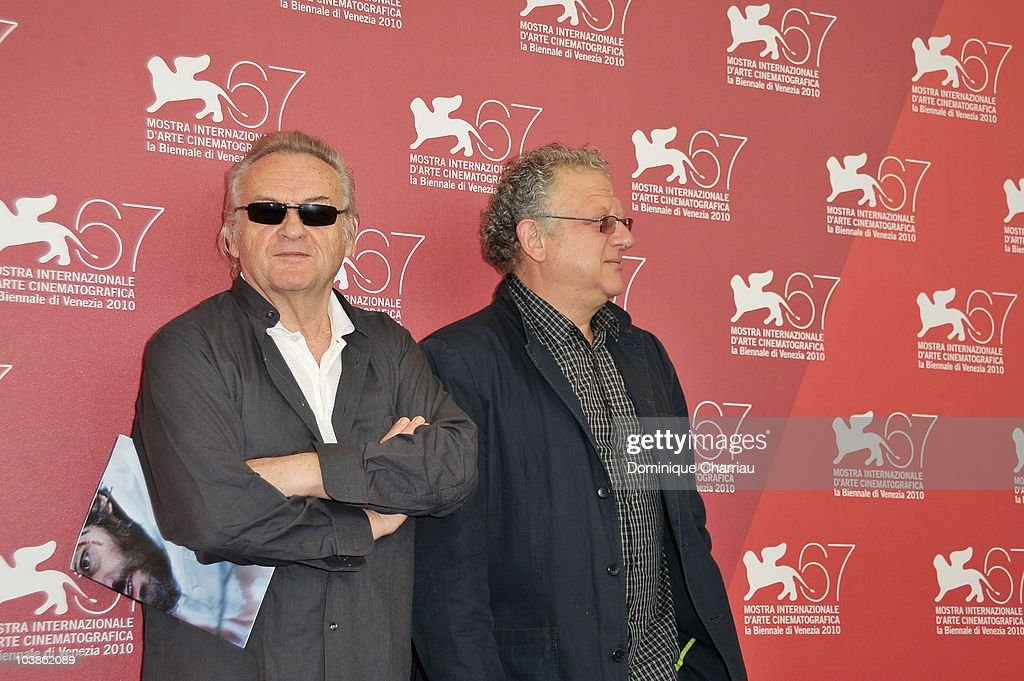 Director Jerzy Skolimowski and producer <a gi-track='captionPersonalityLinkClicked' href=/galleries/search?phrase=Jeremy+Thomas+-+Film+Producer&family=editorial&specificpeople=629756 ng-click='$event.stopPropagation()'>Jeremy Thomas</a> attend the 'Essential Killing' photocall at the Palazzo del Casino during the 67th Venice International Film Festival on September 6, 2010 in Venice, Italy.
