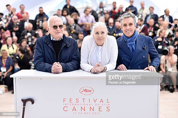 Director Jim Ivory actress Vanessa Redgrave and distributor Charles S Cohen attend the 'Howards End' photocall during the 69th annual Cannes Film...