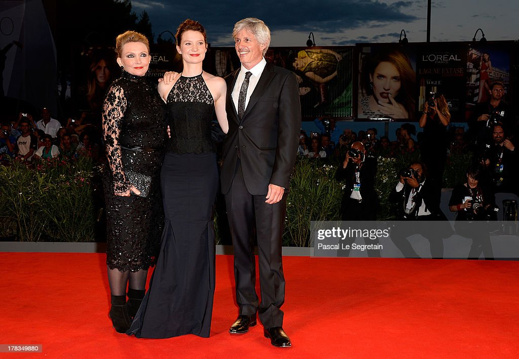 Director John Curran, actress <a gi-track='captionPersonalityLinkClicked' href=/galleries/search?phrase=Mia+Wasikowska&family=editorial&specificpeople=3965263 ng-click='$event.stopPropagation()'>Mia Wasikowska</a> and Robyn Davidson attend the 'Tracks' premiere during the 70th Venice International Film Festival at the Palazzo del Cinema on August 29, 2013 in Venice, Italy.