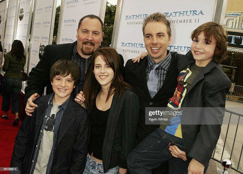 Director Jon Favreau and actors Josh Hutcherson Kristen Stewart Dax Shepard and Jonah Bobo pose at the premiere of Columbia Picture's 'Zathura A...