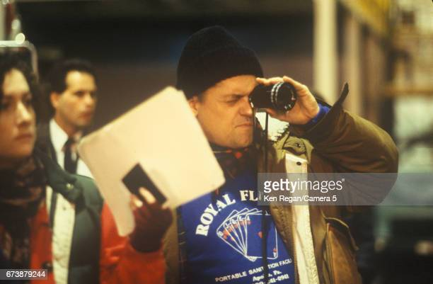 Director Jonathan Demme is photographed on the set of 'The Silence of the Lambs' in 1989 around Pittsburgh Pennsylvania CREDIT MUST READ Ken...