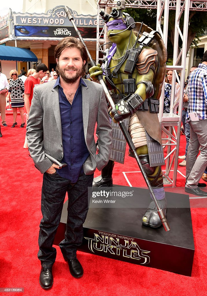 Director <a gi-track='captionPersonalityLinkClicked' href=/galleries/search?phrase=Jonathan+Liebesman&family=editorial&specificpeople=3210478 ng-click='$event.stopPropagation()'>Jonathan Liebesman</a> attends the premiere of Paramount Pictures' 'Teenage Mutant Ninja Turtles' at Regency Village Theater on August 3, 2014 in Westwood, California.