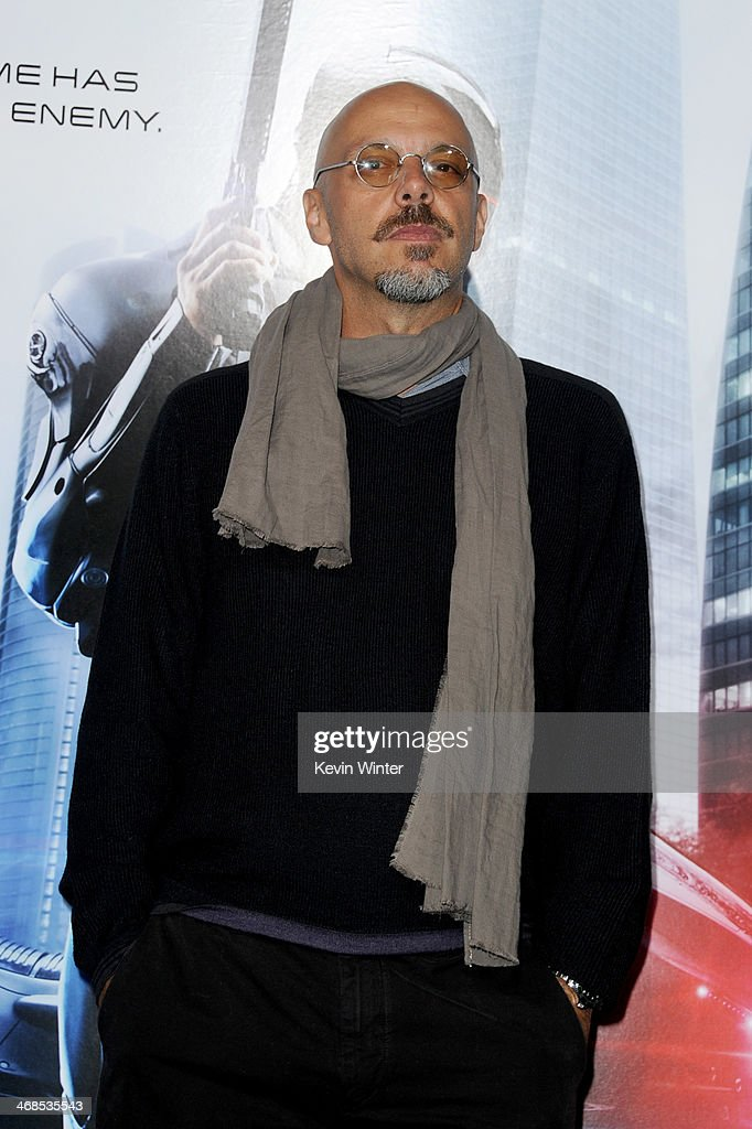 Director <a gi-track='captionPersonalityLinkClicked' href=/galleries/search?phrase=Jose+Padilha&family=editorial&specificpeople=4510705 ng-click='$event.stopPropagation()'>Jose Padilha</a> arrives at the premiere of Columbia Pictures' 'Robocop' at TCL Chinese Theatre on February 10, 2014 in Hollywood, California.