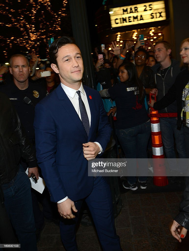 Director Joseph Gordon-Levitt arrives to the screening of 'Don Jon's Addiction' during the 2013 SXSW Music, Film + Interactive Festival at the Paramount Theatre on March 11, 2013 in Austin, Texas.