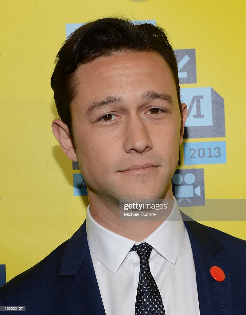 Director <a gi-track='captionPersonalityLinkClicked' href=/galleries/search?phrase=Joseph+Gordon-Levitt&family=editorial&specificpeople=213632 ng-click='$event.stopPropagation()'>Joseph Gordon-Levitt</a> \arrives to the screening of 'Don Jon's Addiction' during the 2013 SXSW Music, Film + Interactive Festival at the Paramount Theatre on March 11, 2013 in Austin, Texas.