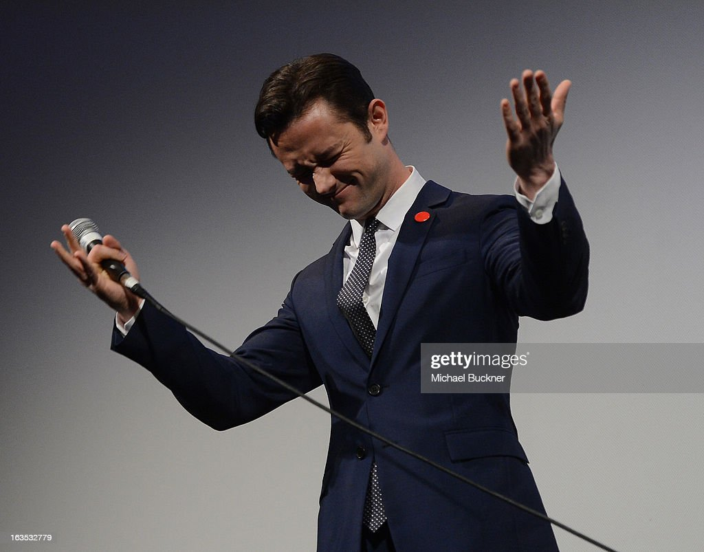 Director <a gi-track='captionPersonalityLinkClicked' href=/galleries/search?phrase=Joseph+Gordon-Levitt&family=editorial&specificpeople=213632 ng-click='$event.stopPropagation()'>Joseph Gordon-Levitt</a> speaks to introduce the film 'Don Jon's Addiction' during the 2013 SXSW Music, Film + Interactive Festival at the Paramount Theatre on March 11, 2013 in Austin, Texas.