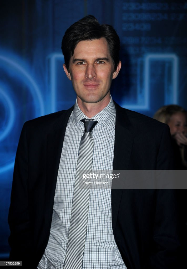 Director <a gi-track='captionPersonalityLinkClicked' href=/galleries/search?phrase=Joseph+Kosinski&family=editorial&specificpeople=7113921 ng-click='$event.stopPropagation()'>Joseph Kosinski</a> arrives at Walt Disney's 'TRON: Legacy' World Premiere held at the El Capitan Theatre on December 11, 2010 in Los Angeles, California.
