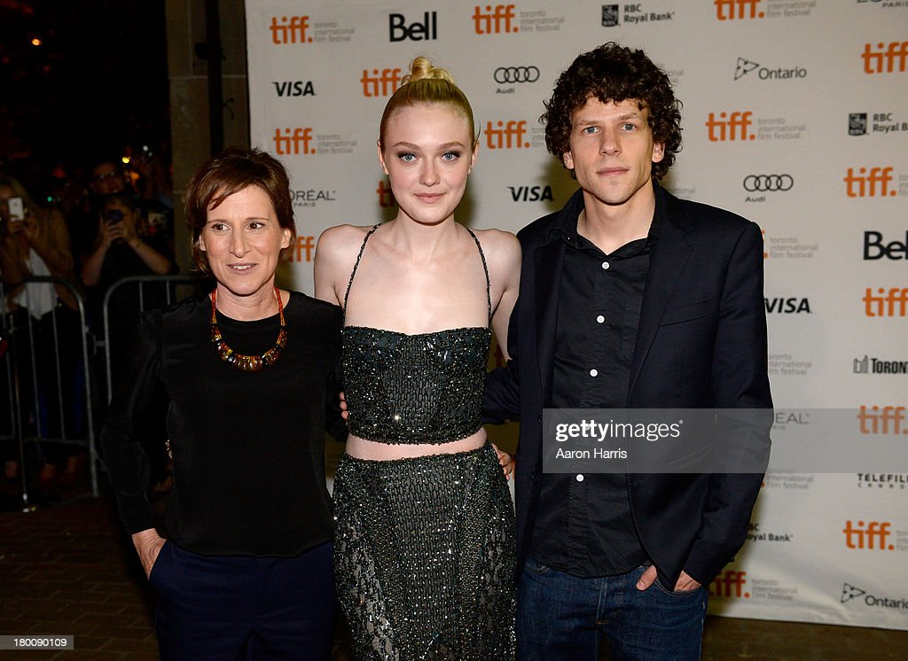 Director <a gi-track='captionPersonalityLinkClicked' href=/galleries/search?phrase=Kelly+Reichardt&family=editorial&specificpeople=3978109 ng-click='$event.stopPropagation()'>Kelly Reichardt</a>, actress <a gi-track='captionPersonalityLinkClicked' href=/galleries/search?phrase=Dakota+Fanning&family=editorial&specificpeople=203236 ng-click='$event.stopPropagation()'>Dakota Fanning</a>, and Actor <a gi-track='captionPersonalityLinkClicked' href=/galleries/search?phrase=Jesse+Eisenberg&family=editorial&specificpeople=625439 ng-click='$event.stopPropagation()'>Jesse Eisenberg</a> arrive at the 'Night Moves' Premiere during the 2013 Toronto International Film Festival at the Ryerson Theatre on September 8, 2013 in Toronto, Canada.