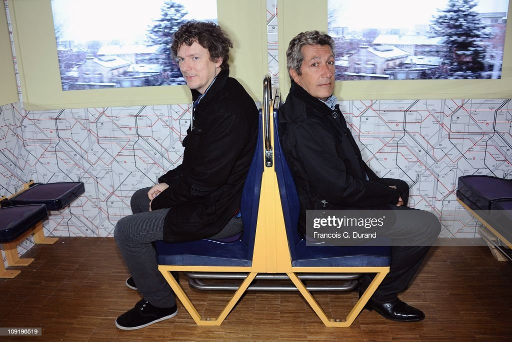 Director <a gi-track='captionPersonalityLinkClicked' href=/galleries/search?phrase=Michel+Gondry&family=editorial&specificpeople=216337 ng-click='$event.stopPropagation()'>Michel Gondry</a> (L) and actor <a gi-track='captionPersonalityLinkClicked' href=/galleries/search?phrase=Alain+Chabat&family=editorial&specificpeople=615563 ng-click='$event.stopPropagation()'>Alain Chabat</a> visit 'L'Usine de films amateurs' during 'Le Nouveau Festival' Opening at Centre Pompidou on February 16, 2011 in Paris, France.