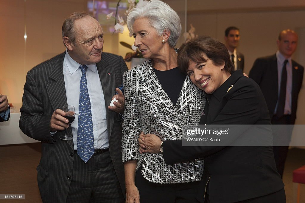 Director of IMF <a gi-track='captionPersonalityLinkClicked' href=/galleries/search?phrase=Christine+Lagarde&family=editorial&specificpeople=566337 ng-click='$event.stopPropagation()'>Christine Lagarde</a> (C) invited at the LCI TV's talk show broadcast live on the website TF1 NEWS, with <a gi-track='captionPersonalityLinkClicked' href=/galleries/search?phrase=Yves-Thibault+de+Silguy&family=editorial&specificpeople=599356 ng-click='$event.stopPropagation()'>Yves-Thibault de Silguy</a> ex CEO of Vinci and <a gi-track='captionPersonalityLinkClicked' href=/galleries/search?phrase=Roselyne+Bachelot&family=editorial&specificpeople=2369544 ng-click='$event.stopPropagation()'>Roselyne Bachelot</a> on October 16, 2012 in Boulogne Sur Seine, France.