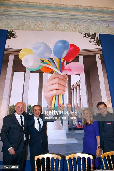 Director of 'Musee d'Art Moderne de la Ville de Paris' Fabrice Hergott Artist Jeff Koons USA Ambassador to France Jane D Hartley and Palais de Tokyo...