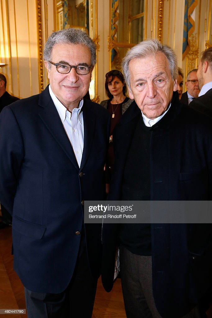 Director of the 'French Cinematheque' Serge Toubiana and Director <a gi-track='captionPersonalityLinkClicked' href=/galleries/search?phrase=Costa-Gavras&family=editorial&specificpeople=213531 ng-click='$event.stopPropagation()'>Costa-Gavras</a> attend Actor Harvey Keitel receives the Medal of Commander of Arts and Letters at Ministere de la Culture on October 13, 2015 in Paris, France.