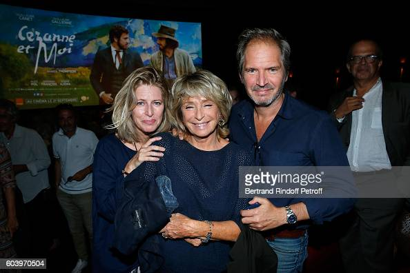 Director of the movie Daniele Thompson standing between Caroline Thompson and her brother Christopher Thompson attend the 'Cezanne et Moi' Premiere...