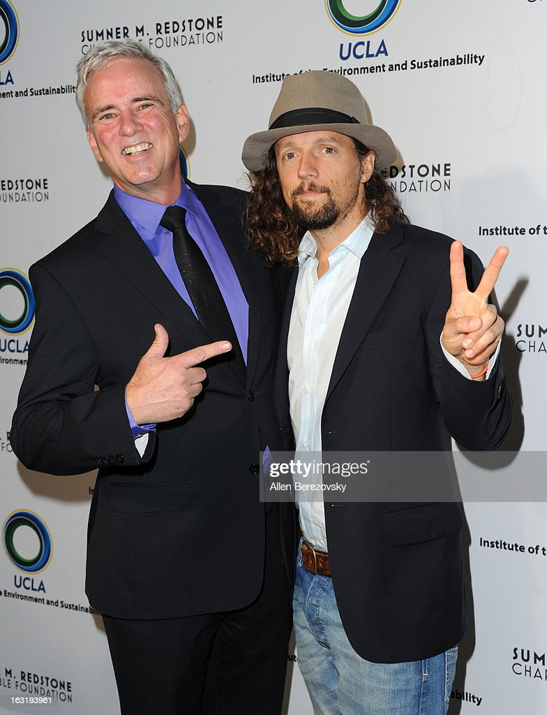 Director of the UCLA Institute Of The Environment And Sustainability Glen McDonald and recording artist <a gi-track='captionPersonalityLinkClicked' href=/galleries/search?phrase=Jason+Mraz&family=editorial&specificpeople=206684 ng-click='$event.stopPropagation()'>Jason Mraz</a> attend UCLA Institute Of The Environment And Sustainability's 2nd Annual 'An Evening Of Environmental Excellence' - Arrivals on March 5, 2013 in Beverly Hills, California.