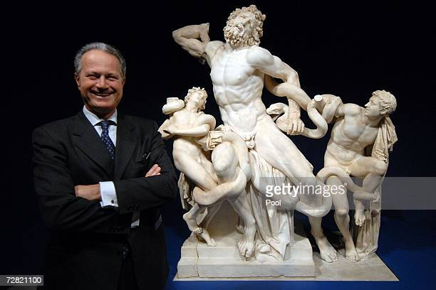 Director of the Vatican museum Francesco Buranelli poses in front of the Laocoonte's sculpture before the opening of the worldwide biggest Museum...