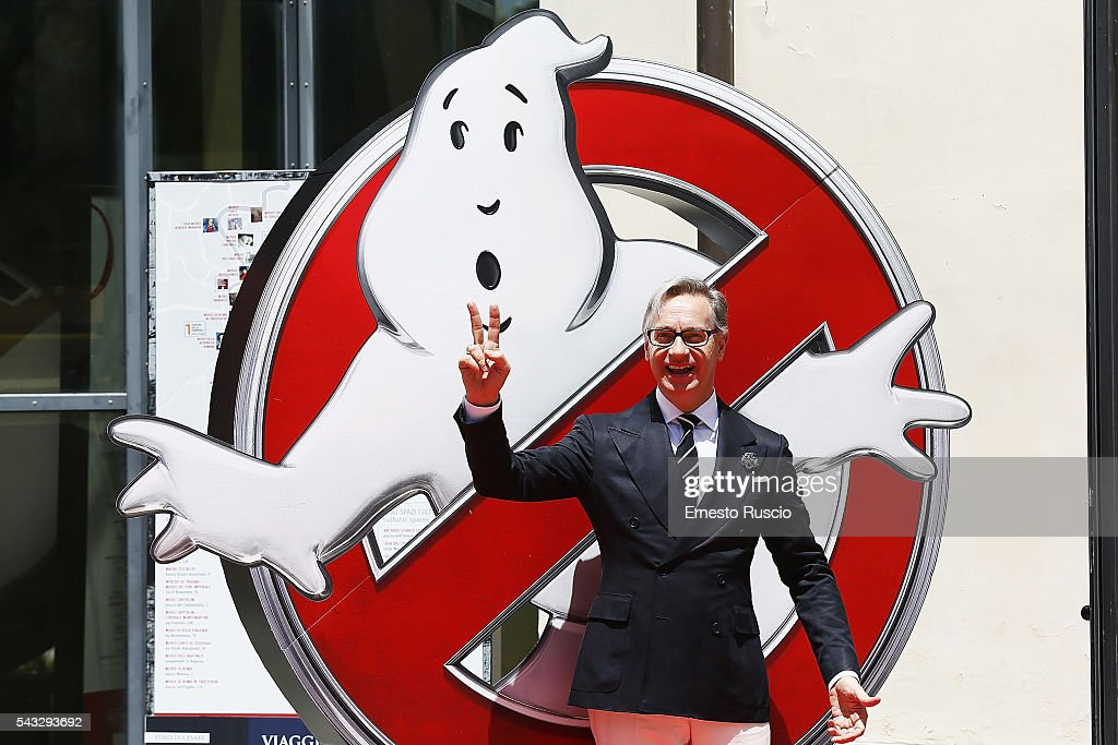 Director <a gi-track='captionPersonalityLinkClicked' href=/galleries/search?phrase=Paul+Feig&family=editorial&specificpeople=2367893 ng-click='$event.stopPropagation()'>Paul Feig</a> attends the 'Ghostbusters' photocall at La Casa Del Cnema on June 27, 2016 in Rome, Italy.