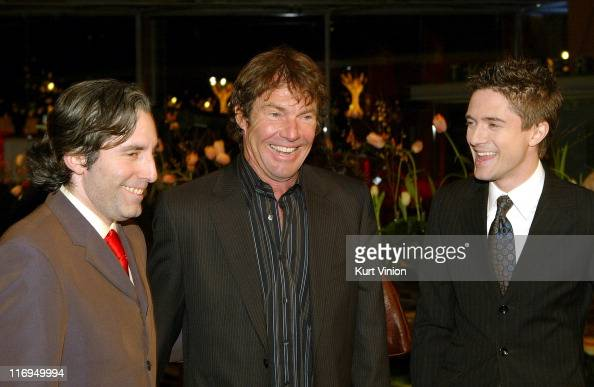 Director Paul Weitz Dennis Quaid and Topher Grace