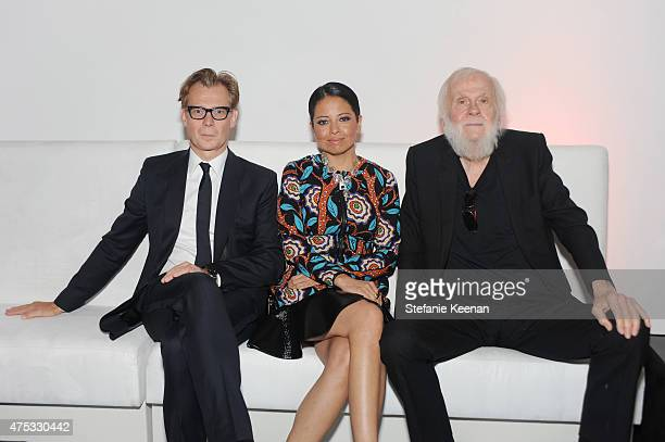 MOCA Director Philippe Vergne Curator Sylvia Chivaratanond and Artist and Honoree John Baldessari attend the 2015 MOCA Gala presented by Louis...