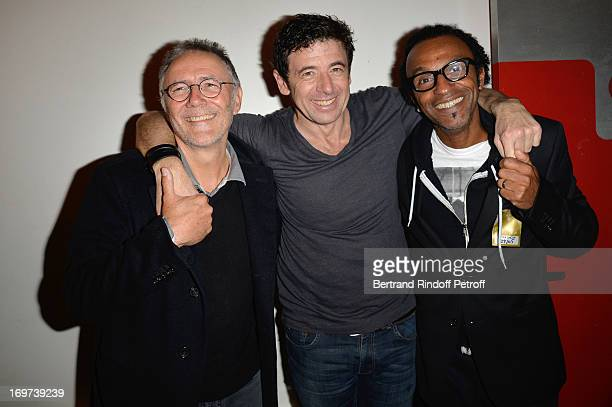 Director Pierre Jolivet Patrick Bruel and Composer Manu Katche backstage after Patrick Bruel's concert at Zenith de Paris on May 29 2013 in Paris...
