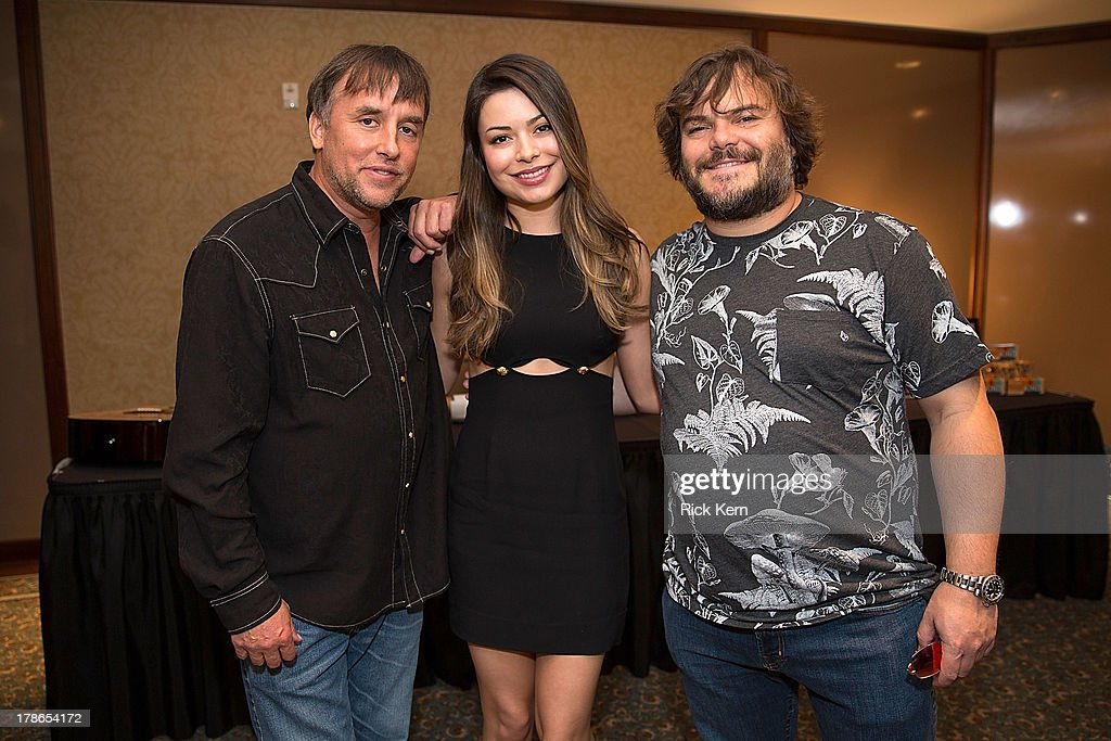 Director <a gi-track='captionPersonalityLinkClicked' href=/galleries/search?phrase=Richard+Linklater&family=editorial&specificpeople=242770 ng-click='$event.stopPropagation()'>Richard Linklater</a>, actress <a gi-track='captionPersonalityLinkClicked' href=/galleries/search?phrase=Miranda+Cosgrove&family=editorial&specificpeople=709215 ng-click='$event.stopPropagation()'>Miranda Cosgrove</a>, and actor <a gi-track='captionPersonalityLinkClicked' href=/galleries/search?phrase=Jack+Black&family=editorial&specificpeople=171453 ng-click='$event.stopPropagation()'>Jack Black</a> pose at the School Of Rock 10-Year cast reception at Omni Downtown on August 29, 2013 in Austin, Texas.