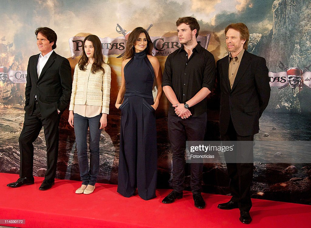 Director Rob Marshall, actress Astrid-Berges Frisbey, actress Penelope Cruz, actor Sam Claflin and producer Jerry Bruckheimer attend 'Pirates Of The Caribbean: On Stranger Tides' photocall at the Villamagna Hotel on May 18, 2011 in Madrid, Spain.