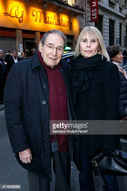 Director Robert Hossein and his wife Candice Patou attend the 'Garde Alternee' Theater Play at Theatre des Mathurins on March 6 2016 in Paris France