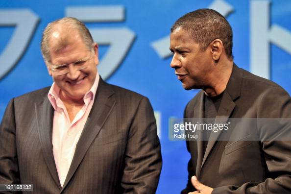 Director Robert Zemeckis and Actor Denzel Washington attend the 'Flight' press conference at the Ritz Carlton Tokyo on February 20 2013 in Tokyo...