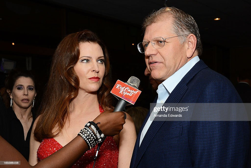 Director <a gi-track='captionPersonalityLinkClicked' href=/galleries/search?phrase=Robert+Zemeckis&family=editorial&specificpeople=211550 ng-click='$event.stopPropagation()'>Robert Zemeckis</a> (R) and his wife, actress Leslie Harter Zemeckis arrive at The Academy Of Motion Picture Arts And Sciences' 25th Anniversary Screening Of 'Who Framed Roger Rabbit' at AMPAS Samuel Goldwyn Theater on April 4, 2013 in Beverly Hills, California.