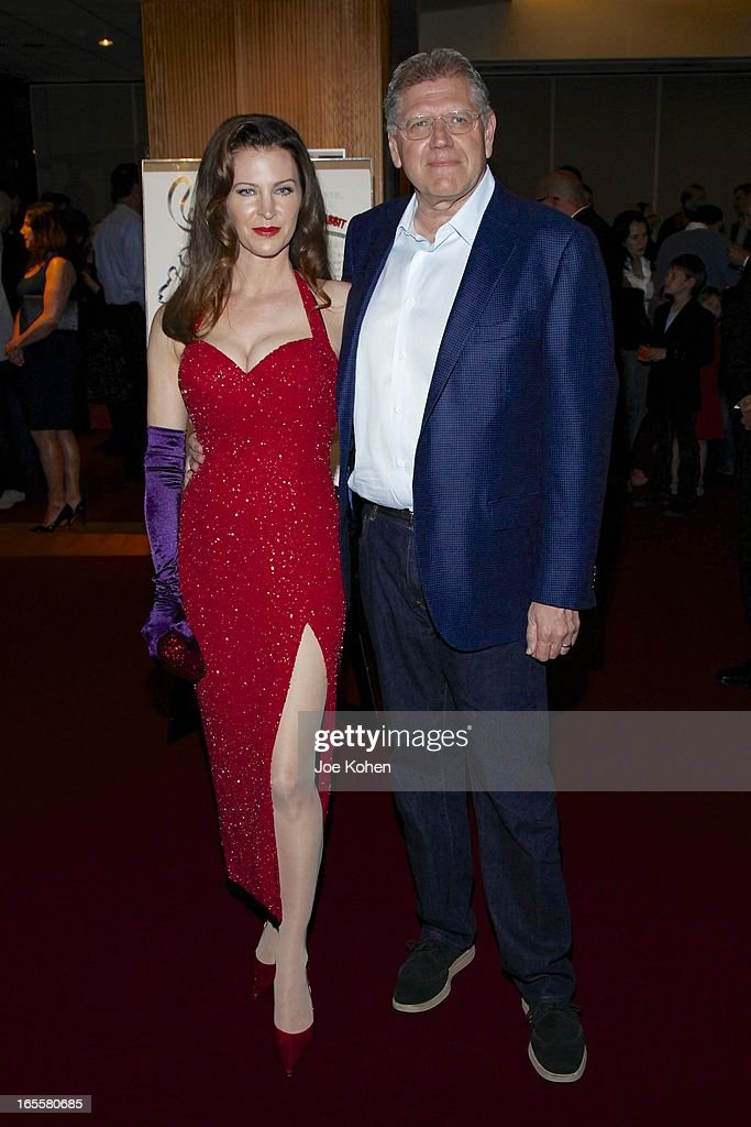 Director <a gi-track='captionPersonalityLinkClicked' href=/galleries/search?phrase=Robert+Zemeckis&family=editorial&specificpeople=211550 ng-click='$event.stopPropagation()'>Robert Zemeckis</a> (R) and his wife, actress Leslie Harter Zemeckis attend The Academy Of Motion Picture Arts And Sciences' 25th Anniversary Screening Of 'Who Framed Roger Rabbit' at AMPAS Samuel Goldwyn Theater on April 4, 2013 in Beverly Hills, California.