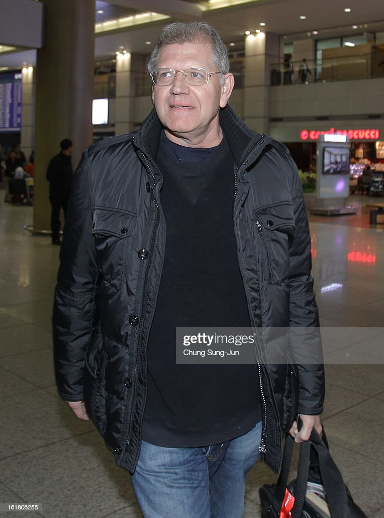 Director Robert Zemeckis arrives at Incheon International Airport on February 17, 2013 in Incheon, South Korea. Robert Zemeckis is visiting South Korea to promote his recent film 'Flight' which will be released in South Korea on February 28.