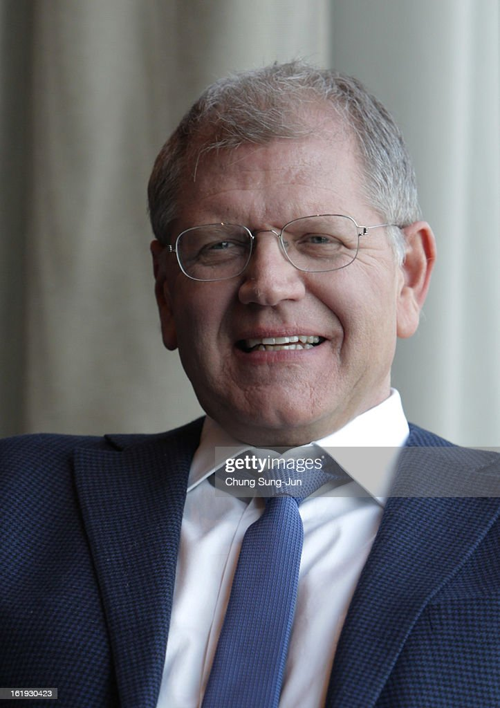 Director Robert Zemeckis poses during a photo call at Conrad hotel on February 18, 2013 in Seoul, South Korea. Zemeckis is visiting South Korea to promote his recent film 'Flight' which will be released in South Korea on February 28.