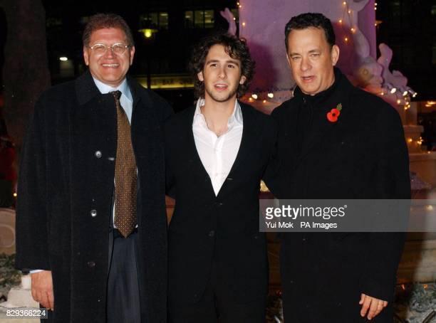 Director Robert Zemeckis singer John Groban and Tom Hanks arrives through a 'Winter Wonderland' scene for the UK premiere of Polar Express at the Vue...