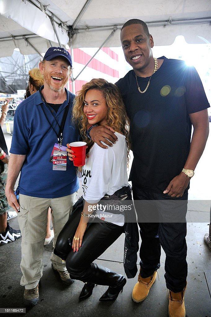 Director <a gi-track='captionPersonalityLinkClicked' href=/galleries/search?phrase=Ron+Howard&family=editorial&specificpeople=201972 ng-click='$event.stopPropagation()'>Ron Howard</a> poses with Beyonce Knowles-Carter and <a gi-track='captionPersonalityLinkClicked' href=/galleries/search?phrase=Jay-Z&family=editorial&specificpeople=201664 ng-click='$event.stopPropagation()'>Jay-Z</a> backstage during Budweiser Made In America Festival Benefiting The United Way - Day 2 at Benjamin Franklin Parkway on September 2, 2012 in Philadelphia, Pennsylvania.