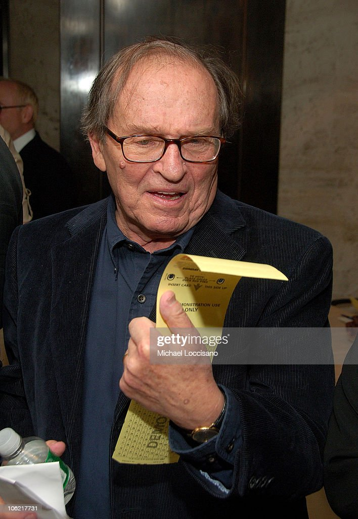 Director <a gi-track='captionPersonalityLinkClicked' href=/galleries/search?phrase=Sidney+Lumet&family=editorial&specificpeople=214143 ng-click='$event.stopPropagation()'>Sidney Lumet</a> casts a ballot at the after party for the New York premiere of HBO Films' 'Recount', at The Four Seasons Restaurant in New York City on May 13, 2008.
