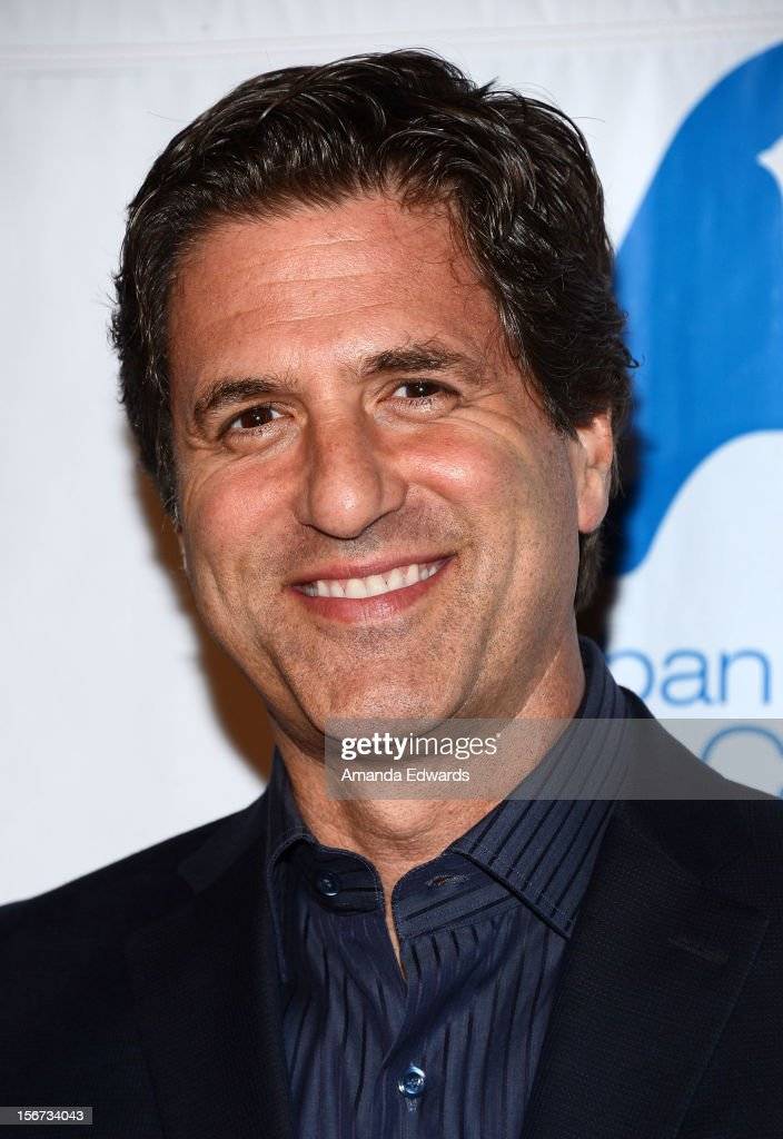 Director Steve Levitan arrives at the Saban Free Clinic's 36th Annual Dinner Gala at The Beverly Hilton Hotel on November 19, 2012 in Beverly Hills, California.