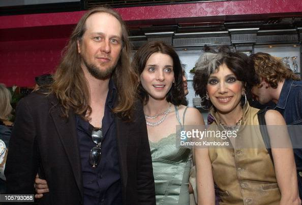Director Steven Sebring Michele Hicks and Lauren Ezersky