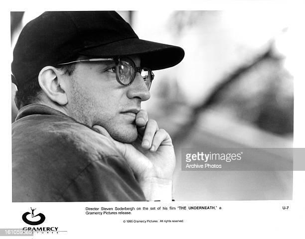 Director Steven Soderbergh on set of the film 'Underneath' 1995