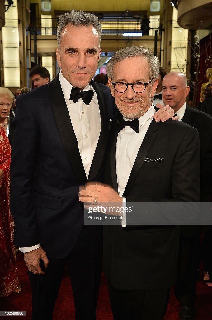 Director <a gi-track='captionPersonalityLinkClicked' href=/galleries/search?phrase=Steven+Spielberg&family=editorial&specificpeople=202022 ng-click='$event.stopPropagation()'>Steven Spielberg</a>, actor <a gi-track='captionPersonalityLinkClicked' href=/galleries/search?phrase=Daniel+Day-Lewis&family=editorial&specificpeople=211475 ng-click='$event.stopPropagation()'>Daniel Day-Lewis</a> arrives at the Oscars at Hollywood & Highland Center on February 24, 2013 in Hollywood, California.