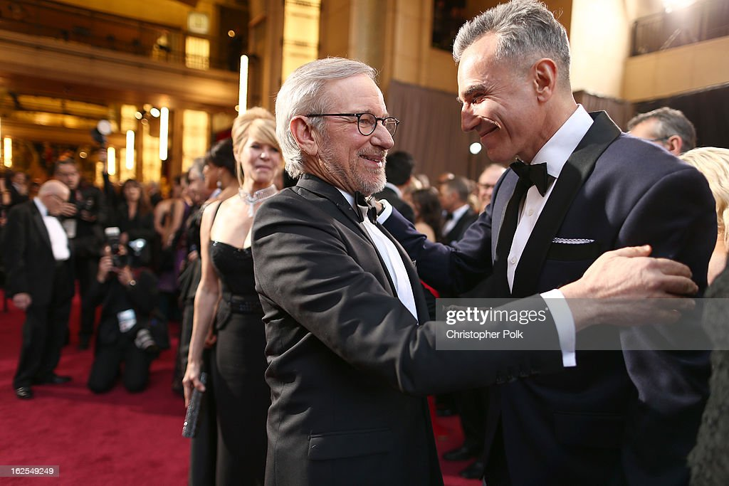 Director <a gi-track='captionPersonalityLinkClicked' href=/galleries/search?phrase=Steven+Spielberg&family=editorial&specificpeople=202022 ng-click='$event.stopPropagation()'>Steven Spielberg</a> (L) and actor <a gi-track='captionPersonalityLinkClicked' href=/galleries/search?phrase=Daniel+Day-Lewis&family=editorial&specificpeople=211475 ng-click='$event.stopPropagation()'>Daniel Day-Lewis</a> arrive at the Oscars held at Hollywood & Highland Center on February 24, 2013 in Hollywood, California.