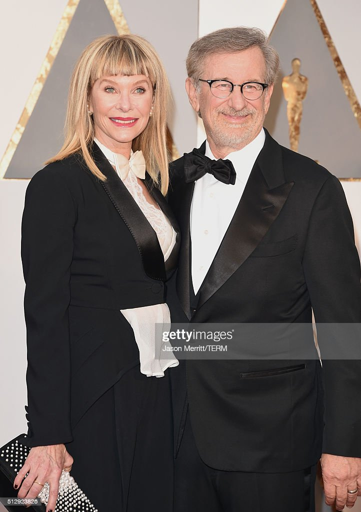 Director <a gi-track='captionPersonalityLinkClicked' href=/galleries/search?phrase=Steven+Spielberg&family=editorial&specificpeople=202022 ng-click='$event.stopPropagation()'>Steven Spielberg</a> (R) and actress <a gi-track='captionPersonalityLinkClicked' href=/galleries/search?phrase=Kate+Capshaw&family=editorial&specificpeople=204585 ng-click='$event.stopPropagation()'>Kate Capshaw</a> attend the 88th Annual Academy Awards at Hollywood & Highland Center on February 28, 2016 in Hollywood, California.