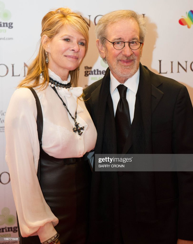US director Stephen Spielberg and his wife Kate Capshaw pose on the red carpet during arrival for the European premiere of the film 'Lincoln' in Dublin on January 20, 2013.