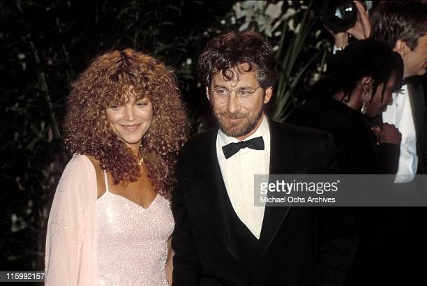 Director Steven Spielberg and wife actress Amy Irving attend an event in 1986 in Los Angeles California