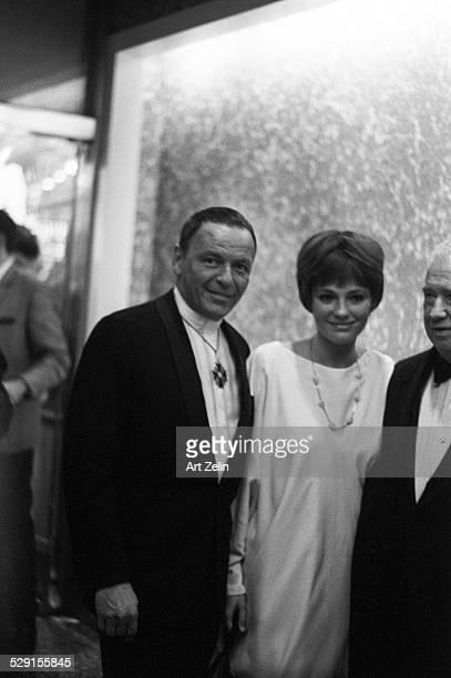 Director Stuart Rosenberg Jacqueline Bisset Frank Sinatra circa 1970 New York