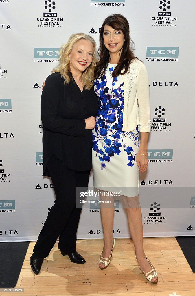 Director <a gi-track='captionPersonalityLinkClicked' href=/galleries/search?phrase=Susan+Stroman&family=editorial&specificpeople=240441 ng-click='$event.stopPropagation()'>Susan Stroman</a> (L) and actress/author <a gi-track='captionPersonalityLinkClicked' href=/galleries/search?phrase=Illeana+Douglas&family=editorial&specificpeople=208708 ng-click='$event.stopPropagation()'>Illeana Douglas</a> attend 'The Band Wagon' screening during day 4 of the TCM Classic Film Festival 2016 on May 1, 2016 in Los Angeles, California. 25826_005