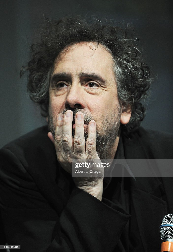 Director <a gi-track='captionPersonalityLinkClicked' href=/galleries/search?phrase=Tim+Burton&family=editorial&specificpeople=206342 ng-click='$event.stopPropagation()'>Tim Burton</a> speaks at Walt Disney Studios: 'FrankenWeenie,' 'Oz The Great And Powerful' and 'Wreck It Ralph' Panels during Comic-Con International 2012 at San Diego Convention Center on July 12, 2012 in San Diego, California.